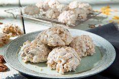 Flake Recipes, Macaroon Recipes, Paleo Cookies, Corn Flakes, Macaroons, Pecan, Christmas Cookies, Good Food, Food And Drink