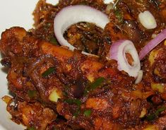 Spicy Kerala Chicken Roast is another nadan recipe and a family favorite. It is a dry version and is great accompaniment with rice, chapat. Spicy Recipes, Curry Recipes, Indian Food Recipes, Asian Recipes, Cooking Recipes, Veg Recipes, Recipies, Kitchen Recipes, Wine Recipes