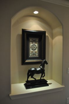 Art Niche - simple. Now... where to buy a horse statue - J/K
