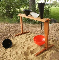 Funnel Stand - for your sand box or gravel area. Experiment with pouring material through different size funnels. Idea for the playground! Outdoor Learning Spaces, Kids Outdoor Play, Outdoor Play Areas, Backyard For Kids, Outdoor Fun, Preschool Playground, Backyard Playground, Playground Ideas, Reggio Emilia