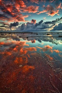 Red Reef Sky II on 500px by Glenn Crouch, Sydney, Australia☀Nikon D7000-f/13-11mm-iso100, 3262✱4926px-rating:98.8
