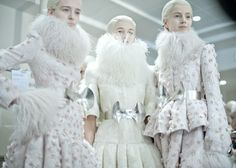 Alexander McQueen W12 - always think all AMQ looks like it would be great for the games #justcallmekatniss   #hungergames