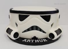 Stormtrooper cake by Midori Bakery