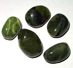 Jade (Nephrite) - Used for serenity, wisdom, balance, all things associated with the best of spiritual practices. This gem stone is the ultimate symbol of calm and serenity. It helps bring serenity to the mind by releasing negative thoughts. A stone of balance and healing, it alleviates anxiety and fear based emotions.