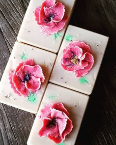 Happy Remembrance Day Canada in advance. Scented with peppermint and spearmint essential oils.  #peace✌ #lestweforget #soapshare ♡  ♡