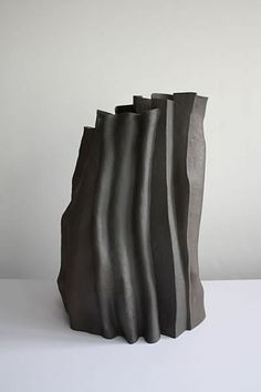 Ken Eastman (English, b - Leadways Ceramic Clay, Ceramic Vase, Ceramic Pottery, Porcelain Vase, Fine Porcelain, Abstract Sculpture, Sculpture Art, Sculpture Ideas, Garden Sculpture