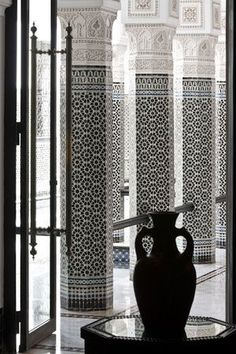 Intricately tiled and sculpted pillars in a Marrakesh riad Moroccan Design, Moroccan Decor, Moroccan Style, Islamic Architecture, Beautiful Architecture, Architecture Details, Spanish Tile Roof, Style Marocain, Riad