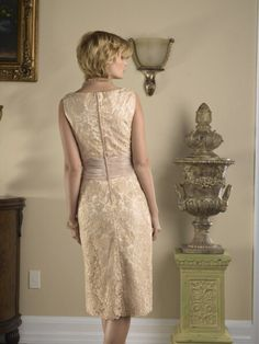 Sheath Scoop Knee Length Lace Mother Of The Bride Dress