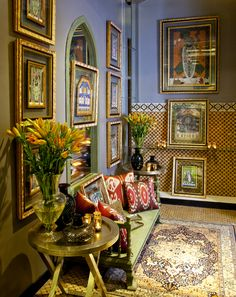 INSPIRED BY THE MUGHAL CHARBAGH, now a metaphor for Paradise Garden, Good Earth Charbagh interiors have a distinct signature based on the principles of symmetry, abundance, beauty and luxury. #Charbagh #GEbespoke