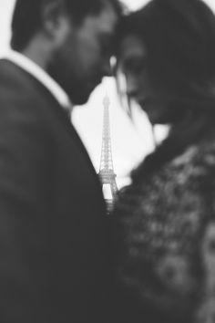 Eclectic Paris couples shoot | Rhianne Jones : Paris Photographer
