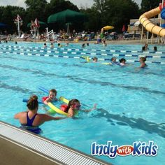 Swimming Pools and Splash Parks in Indy