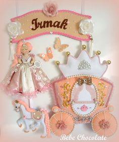 felt baby wreaths, prenses, felt princess, melek kanadı anı defteri, felt angel wing, note book, handmadei angel wing, baby wreath ideas, baby wreath for hospital door, car wreath, felt princess