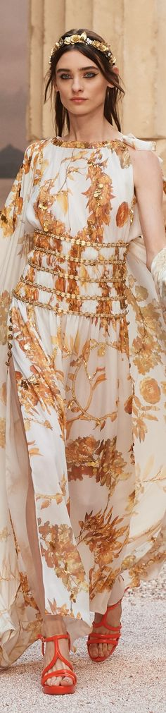 """Chanel Cruise 2018 at the Grand Palais in Paris, """"The Modernity of Antiquity"""" inspired by Greece"""