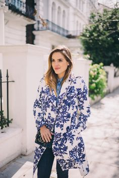 Gal Meets Glam Blue & White Floral Trench by Hobbs, Old Navy  shirt, Joe's jeans and Chanel bag.