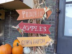 Fun Arrow Sign on a Fall Porch made using the cricut at www.thehappyscrap... #thehappyscraps #cricut