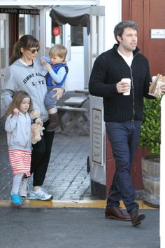 Jennifer Garner and Ben Affleck with the kids