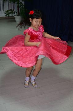 Dance Lessons, Harajuku, Tulle, Skirts, Fashion, Moda, Fashion Styles, Tutu, Skirt