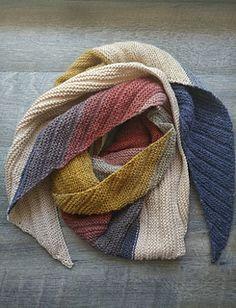 Knitting Patterns Poncho Ravelry: Arlequin Shawl pattern by peggy maxheim Free Knit Shawl Patterns, Crochet Patterns, Scarf Patterns, Free Pattern, Knit Or Crochet, Crochet Shawl, Knitting Stitches, Free Knitting, Knitting Terms