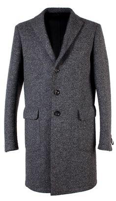 Collezione Tonello AW 2014-2015. Cappotto invernale da uomo con fantasia a spina di pesce di color grigio scuro. Scopri la nuova Collezione Tonello www.tonello.net