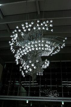 U-Ram Choe's Latest Kinetic Light Sculptures