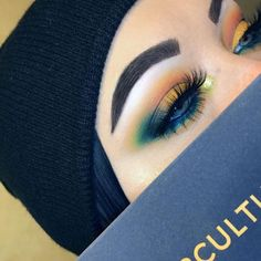 When you know how to use the Subculture palette from Anastasia Beverly Hills. These bright eyeshadow colors are perfect for summer or fall makeup looks! Gorgeous Makeup, Love Makeup, Makeup Inspo, Makeup Inspiration, Makeup Geek, Makeup Ideas, Makeup Salon, Makeup Studio, Fall Makeup