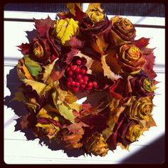 Att göra rosor av höstlöv Porte Diy, Autumn Wreaths, Acai Bowl, Cabbage, Vegetables, Ethnic Recipes, Crafts, Wordpress, Craft Ideas