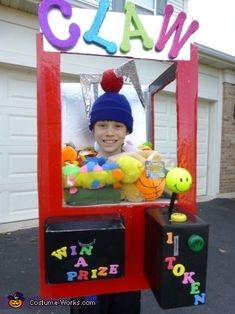 Sherry: My son, Aidan yrs old) is wearing the Claw machine my husband and I created. Aidan loves to play the claw games and he always seems to win a. Badass Halloween Costumes, Homemade Halloween Costumes, Halloween Costume Contest, Boy Costumes, Halloween Kostüm, Funny Halloween Costumes, Halloween Costumes For Kids, Costume Ideas, Halloween Food Crafts