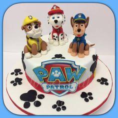 FLOWER CAKE DESIGNER: Bolo Patrulha Pata