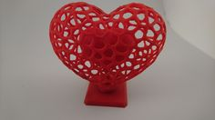 Voronoi+Chambered+Heart+(Medium)+with+internal+supports+by+Gertsen.
