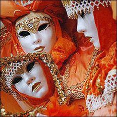 Mascaras para Carnaval 2012 Venetian Carnival Masks, Carnival Of Venice, Mask Face Paint, Venice Mask, Mardi Gras Costumes, Sunset Colors, Orange Color, Halloween Face Makeup, Beautiful