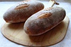 Frans landbrood uit een houtgestookte oven