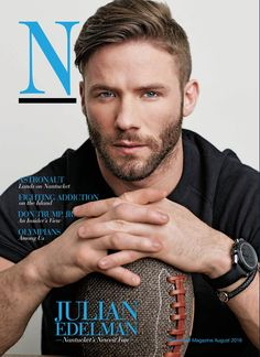 Jules- The perfect pic- Scruff and no thick beard New England Patriots Football, Patriots Fans, Patriots Julian Edelman, Nfl Football Players, Babe, Handsome Faces, Handsome Man, Raining Men, Athletic Men