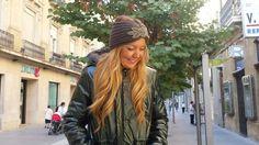 21 de Septiembre!!! hoy look de Otoño con una parka verde botella de INTROPIA http://www.fondodearmario.net/tienda/Ropa/%20Abrigos-Chaquetas/Abrigo-combinado-nylon-con-capucha-Intropia y bandana gris con parche brillante. Esperamos que halláis empezado esta estación con una sonrisa;)) desde Fondo de Armario os mandamos un saludo gigante:)