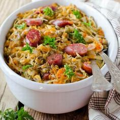 This page contains recipes using sausage. A cylindrical tube ground meat of all varieties that can enhance many delicious main or side dishes. Recipes Using Sausages, Mouth Watering Food, Ground Meat, Recipe Using, Fried Rice, Cooking Tips, Side Dishes, Food And Drink, Soup
