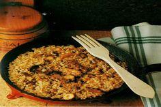 Receta de Pulpo con arroz en http://www.recetasbuenas.com/pulpo-con-arroz/ Aprende a preparar un delicioso plato de pulpo con arroz de forma rápida y sencilla. Una receta muy fácil y sabrosa para disfrutar en familia.  #recetas #Mariscos #pulpo