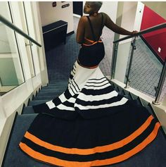 Xhosa Attire, African Attire, African Dress, South African Traditional Dresses, Traditional Outfits, Bet Awards, Kitenge, African Design, Elegant Outfit