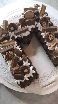 Cake Decorating Frosting, Cake Decorating Videos, Cake Decorating Techniques, Number Cakes, Number Birthday Cakes, Alphabet Cake, Ocean Cakes, Cake Recipes, Dessert Recipes