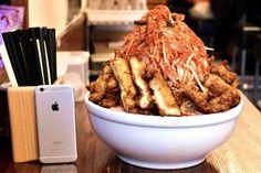 Habiskan Ramen Dalam 20 Menit, Kamu Dapat Rp 6 Juta! http://www.perutgendut.com/read/habiskan-ramen-dalam-20-menit-kamu-dapat-rp-6-juta/4284 #Food #Kuliner #Japan