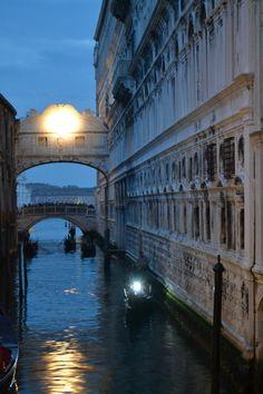 Bridge of Sighs / Venice / Italy