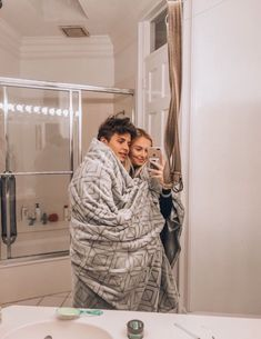 100 Cute And Sweet Relationship Goal All Couples Should Aspire To - Page 44 of 100 Relationship Goals couple goals pictures Cute Couples Photos, Cute Couple Pictures, Cute Couples Goals, Cute Boyfriend Pictures, Cute Photos, Cute Things Couples Do, Sweet Love Pictures, Love Pics, Goofy Couples