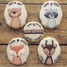Olha que lindo esses cookies de bichinhos da floresta para chá de bebê, adoro esse tema! Por @cookiecowgirl #regram @augurifestas #kikidsparty
