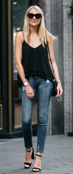summer outfits Black Tank + Ripped Skinny Jeans + Black Sandals