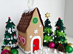 {Reader Tutorial} Felt gingerbread house tissue box cover - And Sew We Craft