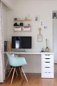 Schreibtischplatte ikea  Blogger Arbeitsplatz, Schreibtisch, workplace, IKEA, Eames Style ...