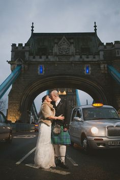 london wedding photography, tower bridge, quirky alternative photography