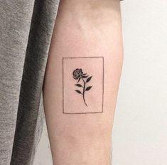 tiny-and-beautiful-black-rose
