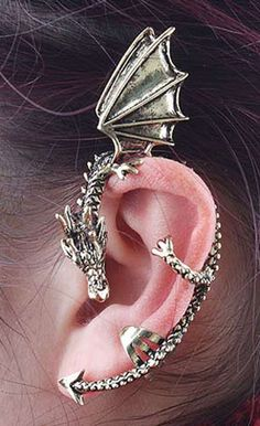 Pretend Ur the mother of dragons with this on