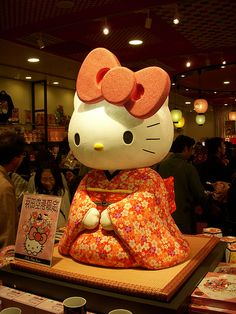 Hello Kitty in Haneda Airport. This is why I love Japan!