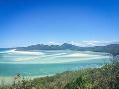 Dichter Dschungel, die traumhaften Whitsunday Inseln, die größte Sandinsel der Welt und coole Surfervibes erwarten dich an Australiens Ostküste!