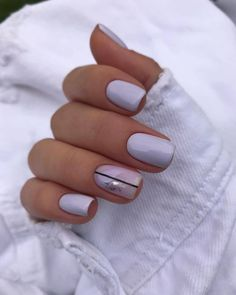 In seek out some nail designs and ideas for your nails? Here's our list of must-try coffin acrylic nails for stylish women. Cute Acrylic Nails, Acrylic Nail Designs, Cute Nails, Pretty Nails, Nails Ideias, Minimalist Nails, Oval Nails, Dream Nails, Nagel Gel